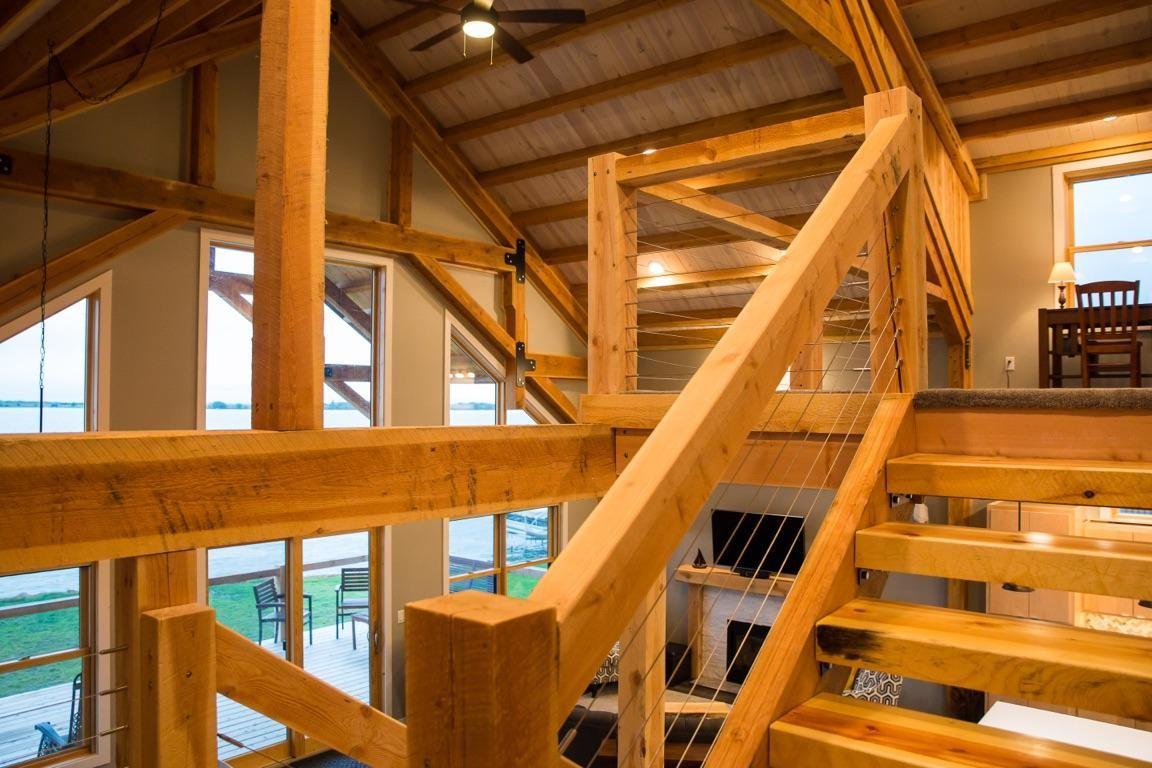Eng interior 1