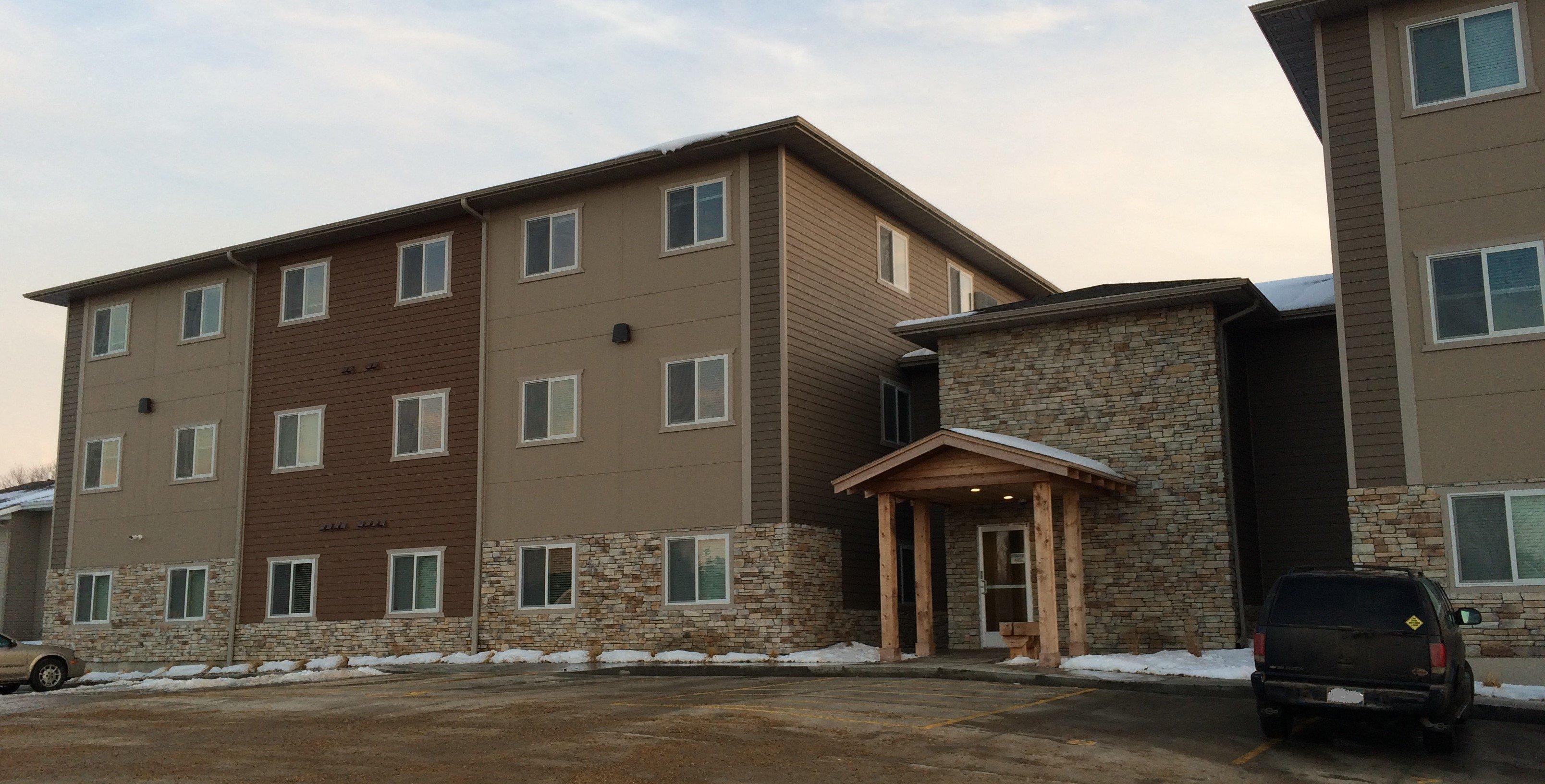 Lake Area Suites 3