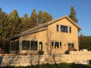 Hedlund cabin