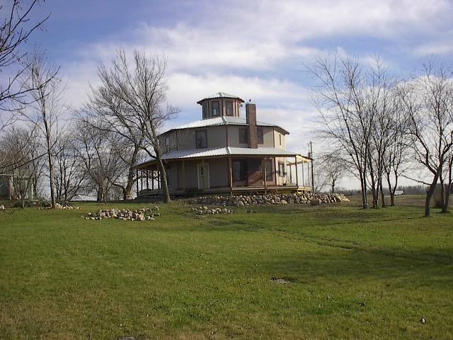 Octabode SIP house