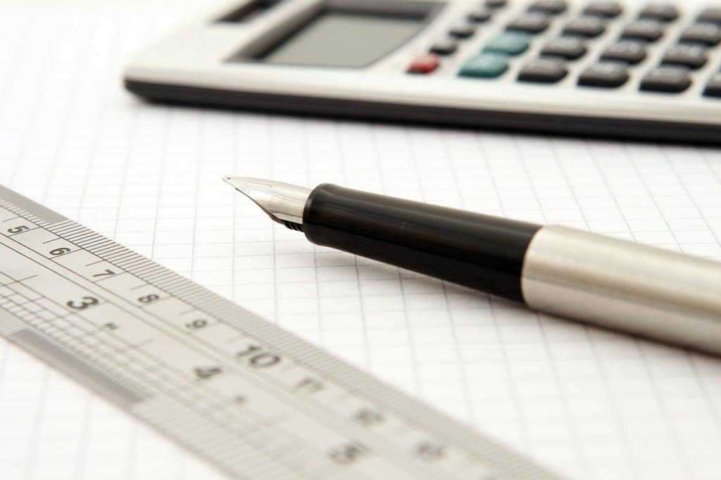 pen-ruler-paper-159722.jpg